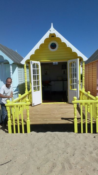 Anglian Craftsmen | Repairing a Beach Hut Project